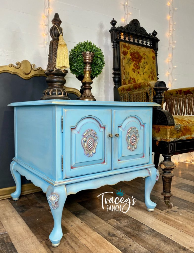 Paint Wash End Table by Traceys Fancy